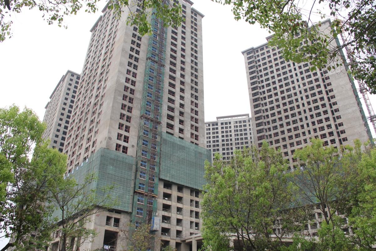 瑞鼎城一期2-4栋住宅均已封顶(2016年3月29日)-昆明