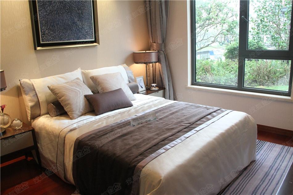 仁恒绿洲新岛138平米卧室样板间图
