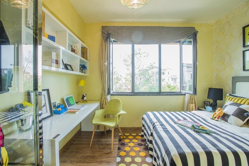 青岛碧桂园样板间图之卧室