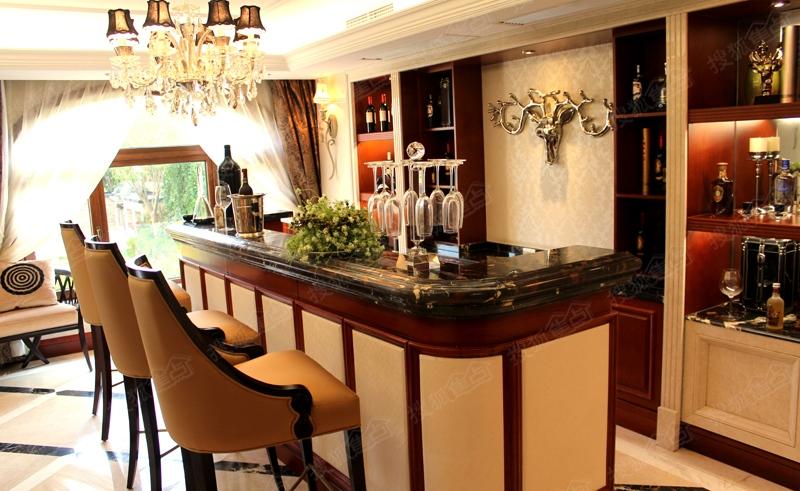 青岛中海玫瑰庭院339平别墅样板间图之吧台