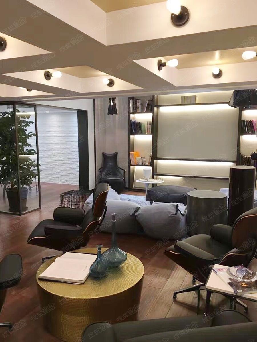 保利建工·西郊锦庐叠加别墅样板间-客厅-上海搜狐